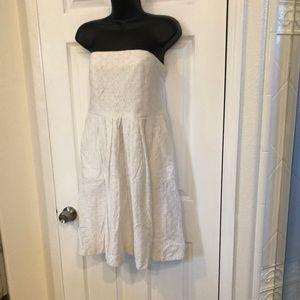 Gap White Eyelet Tube Top Style Dress Sz 10